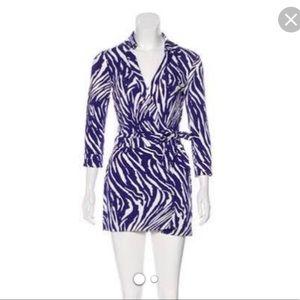 Diane Von Furstenberg Celeste Wrap Romper Size 6